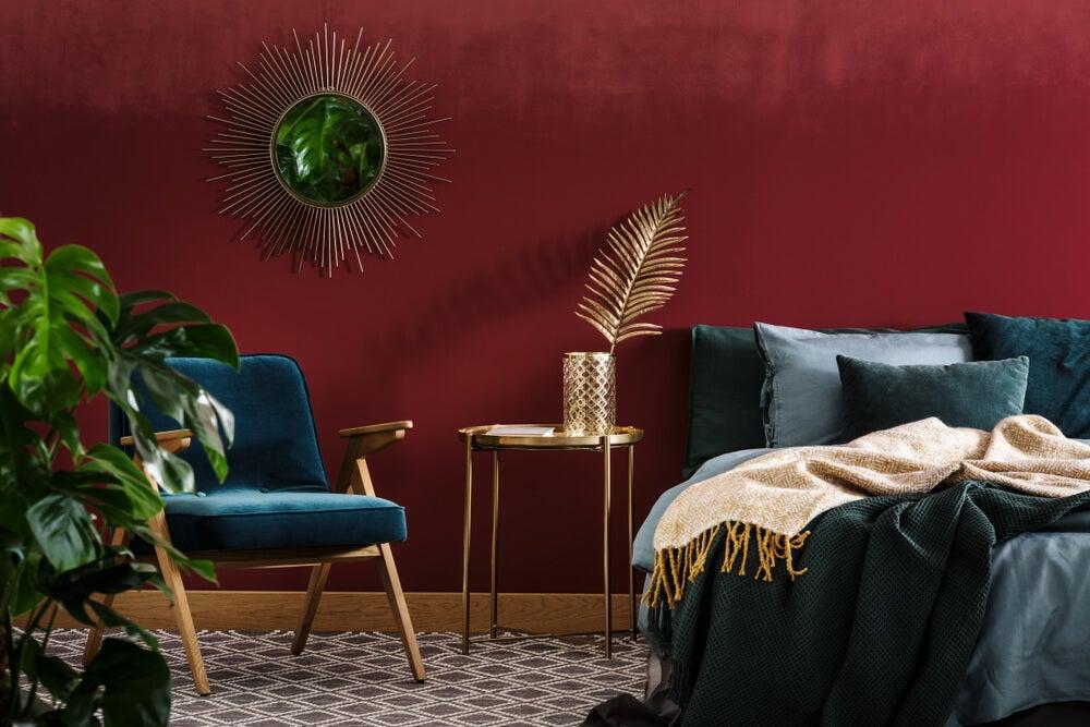 El color granate: seriedad y elegancia
