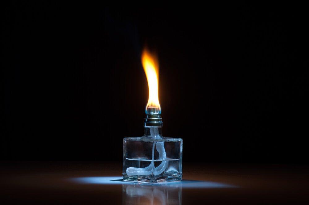 Lámpara catalítica transparente.