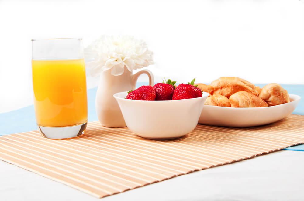 Mesa de desayuno.