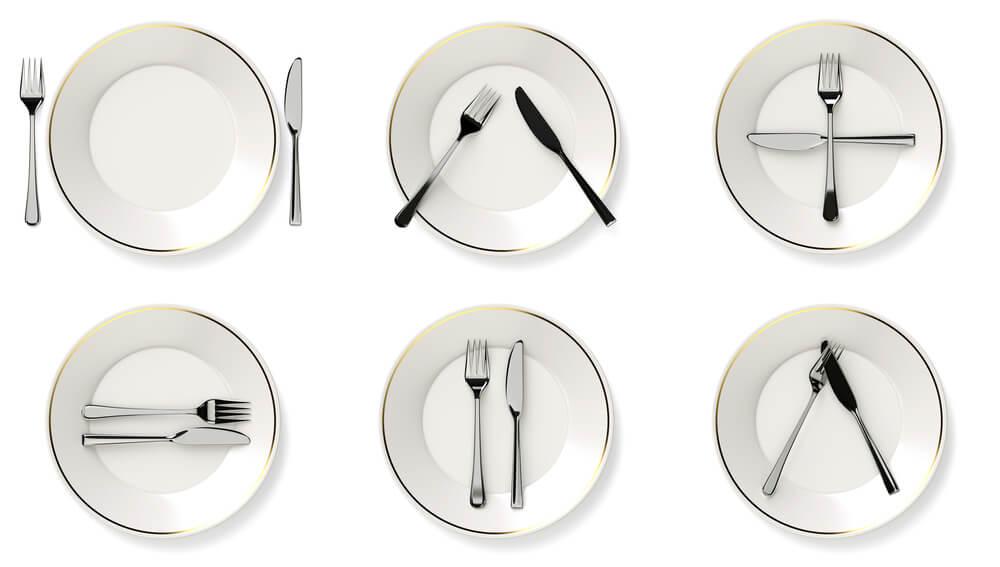 Normas de un protocolo para poner la mesa.