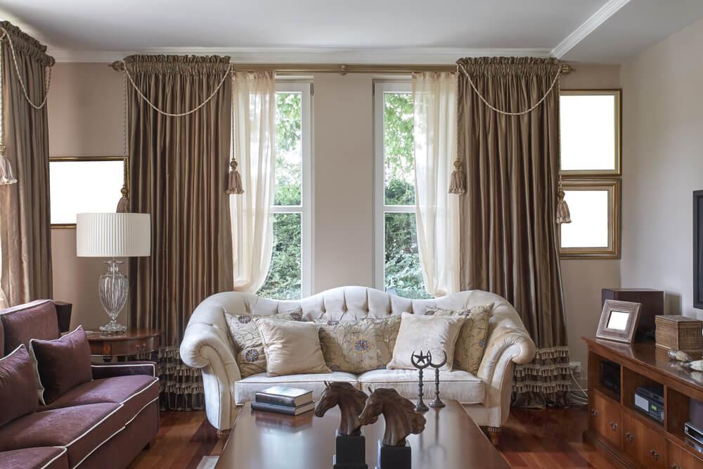 Patrón en las cortinas.
