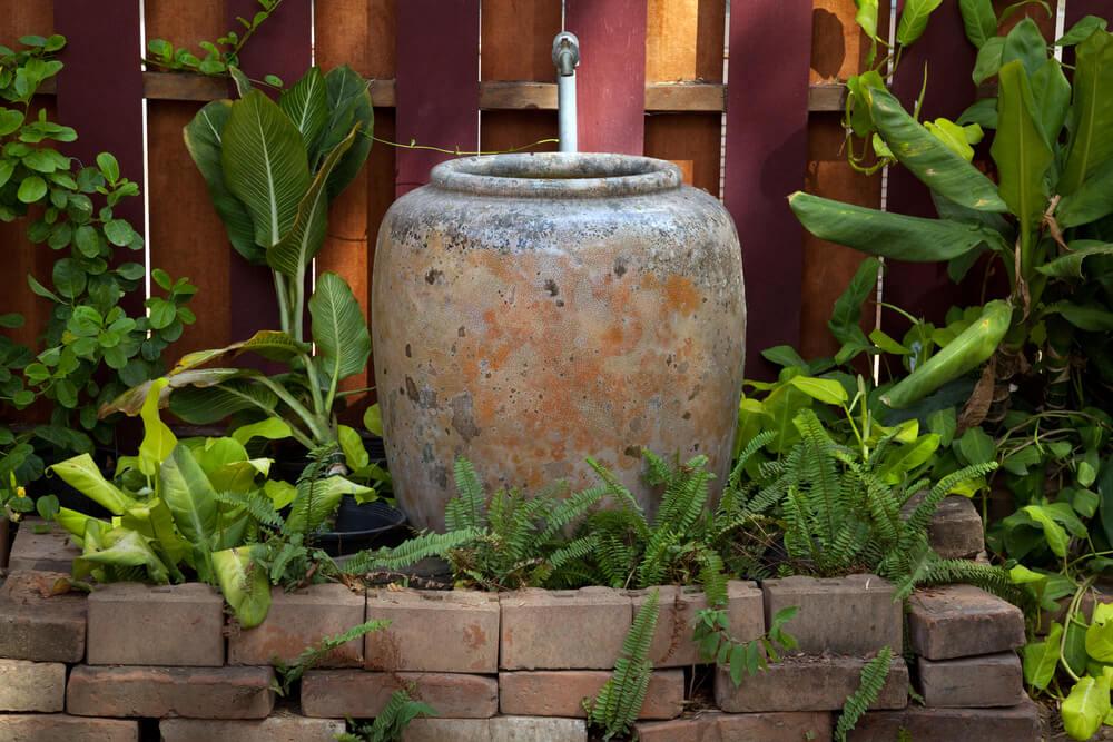 Fuente de cemento.