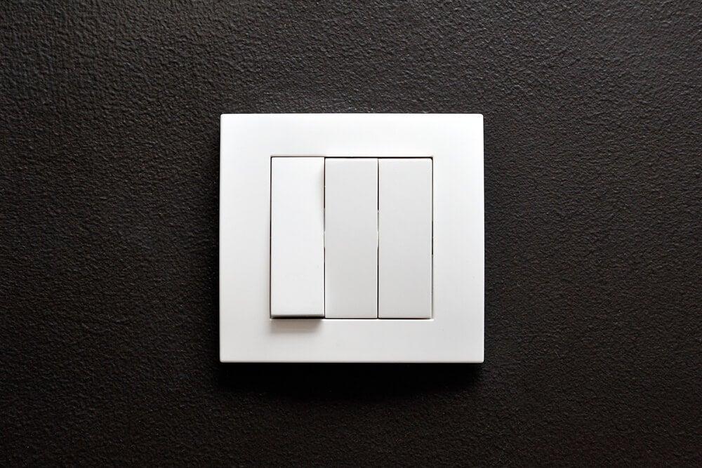 Interruptores eléctricos.