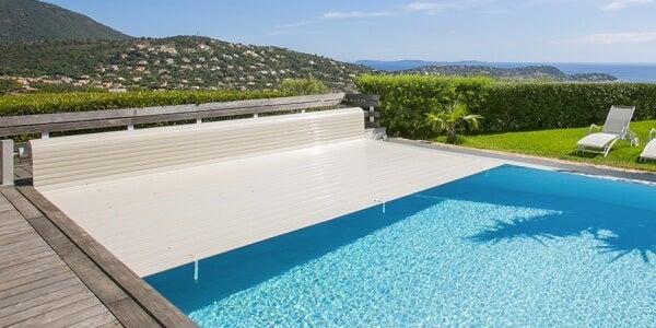 Lonas estéticas para las piscinas.