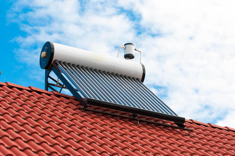 Colector de agua solar.