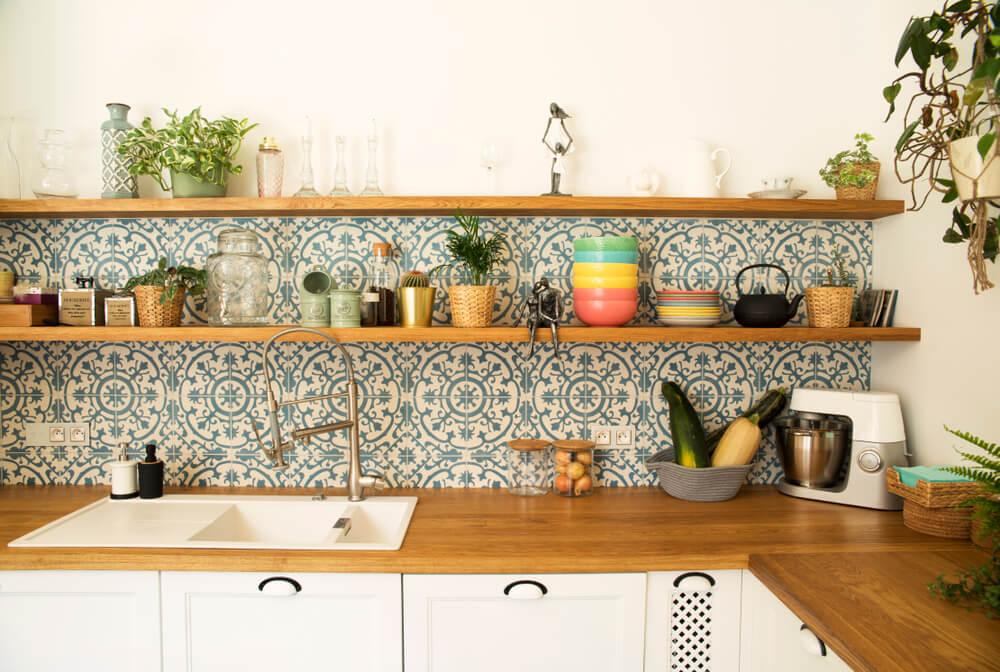 Muebles de cocina abiertos.