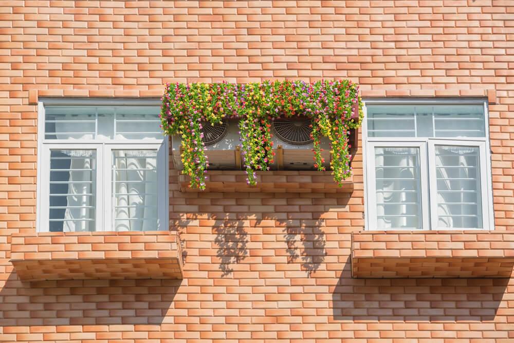 Aire acondicionado en la fachada.