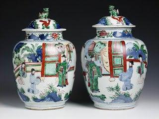 Jarrones de la dinastía Qing y Ming.