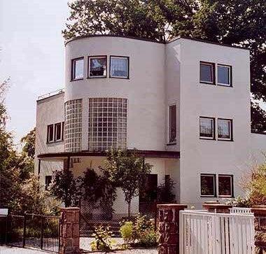 Villa Bauhaus.