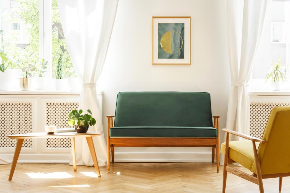 Mobiliario de estilo Mid Century.