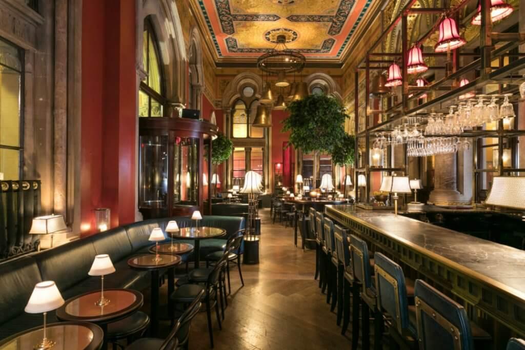 Restaurante diseñado por David Collins.