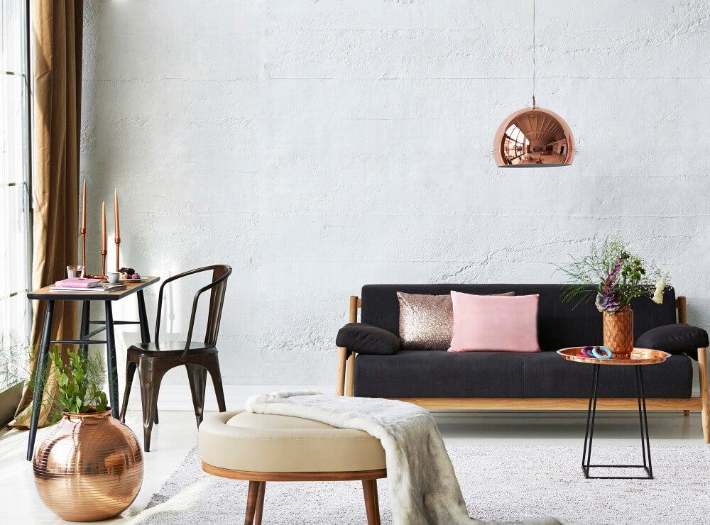 El sofá negro: combinación y decoración en el hogar