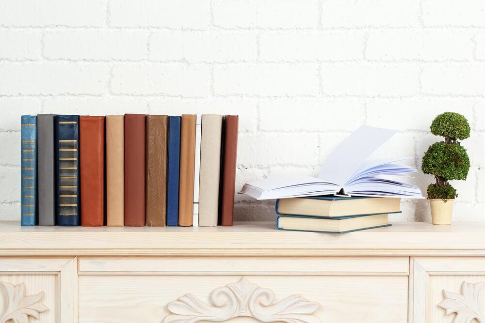 Original ideas for storing books.