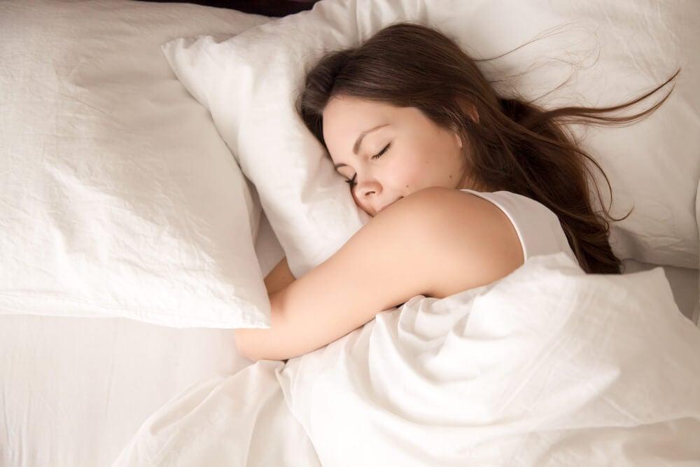 Dormir plácidamente.