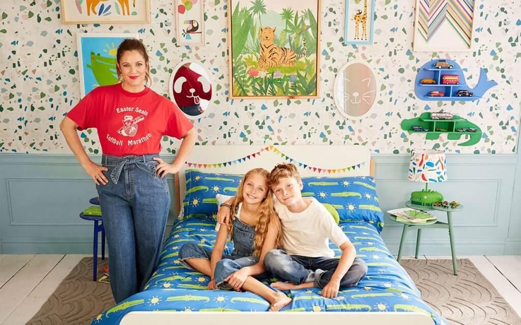 Drew Barrymore lanza Flower Kids, una colección infantil de decoración