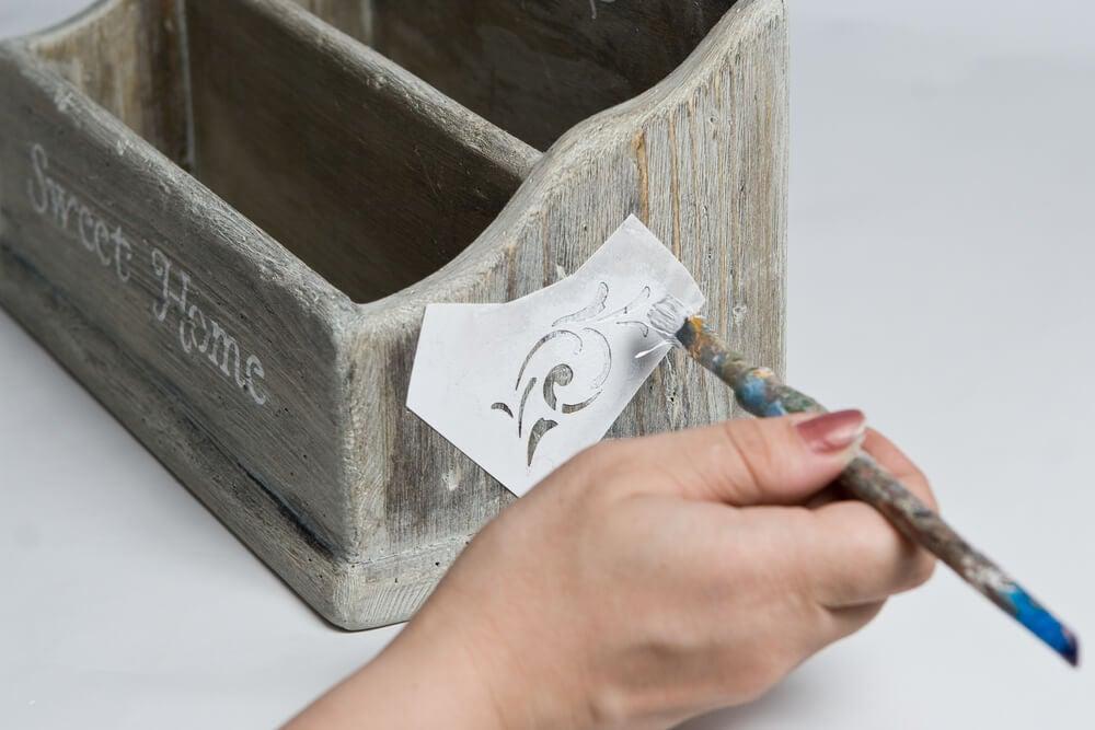 Técnica de decoración para madera.