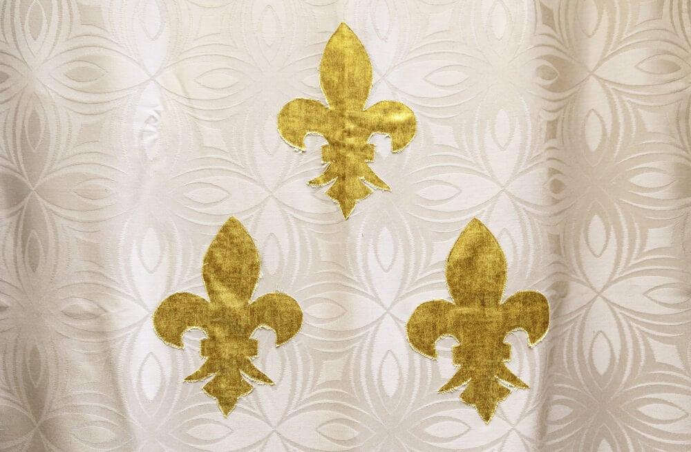 Textiles con la flor de lis.