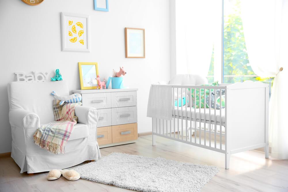 Mobiliario para el dormitorio del bebé.