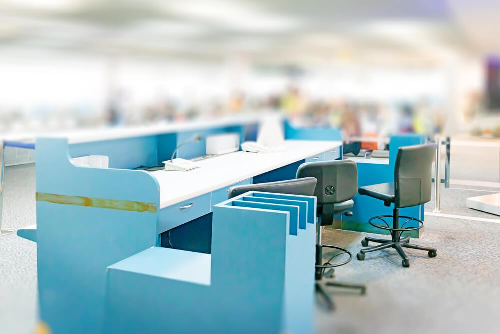 Oficina en azul.