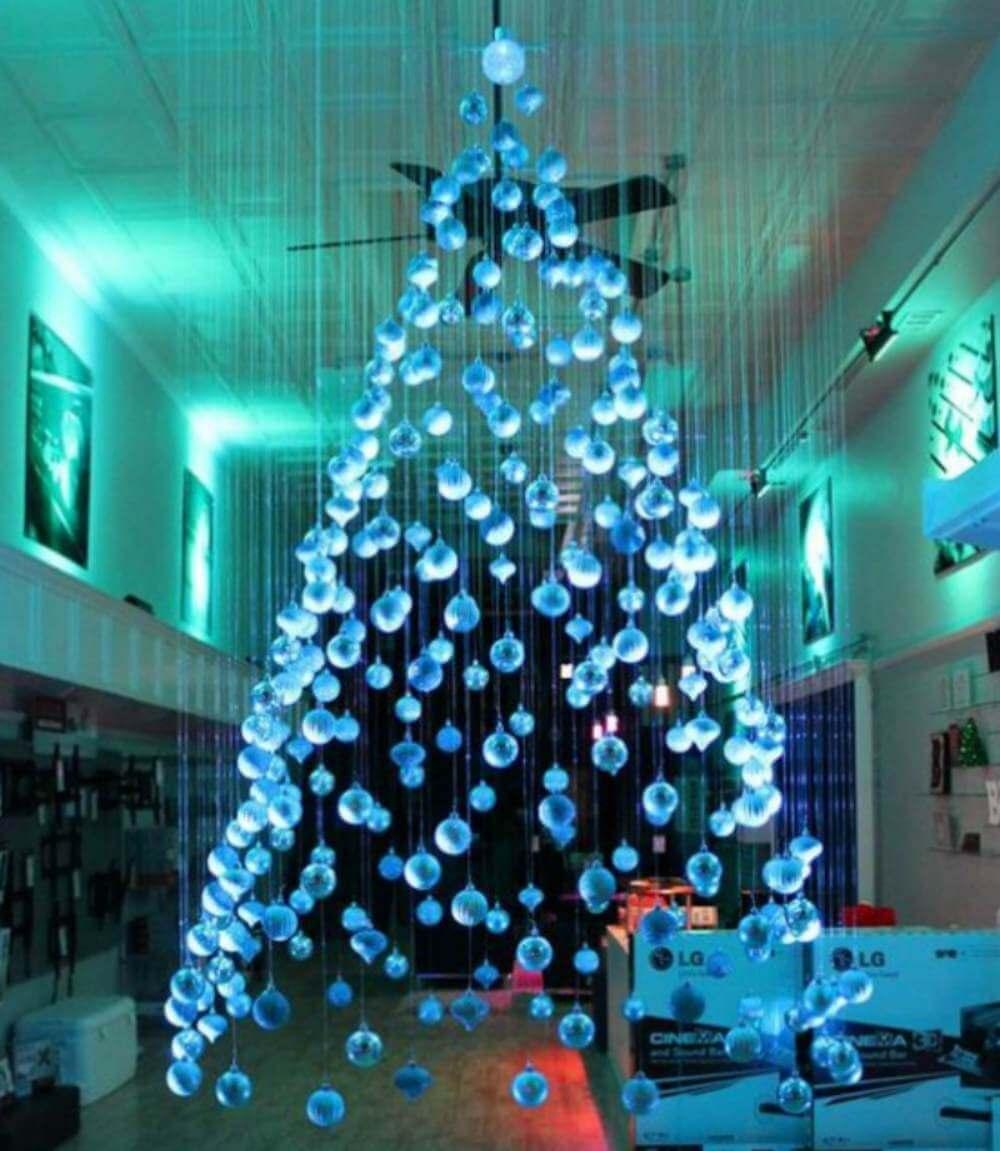 Ideas navideñas: un árbol de Navidad flotante