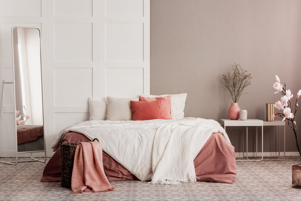 Neutral colors for the bedroom.