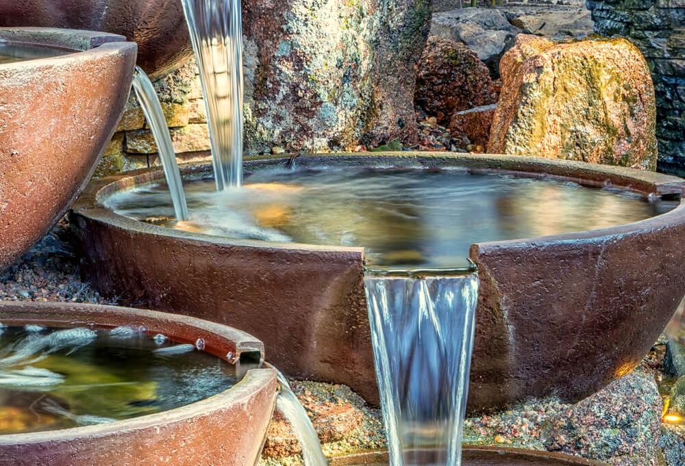 Recipientes acuáticos: agua decorativa en tu vivienda