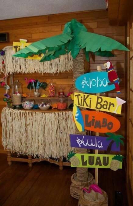 Decorar una fiesta temática hawaiana