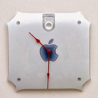 Decoración informática: reloj Apple