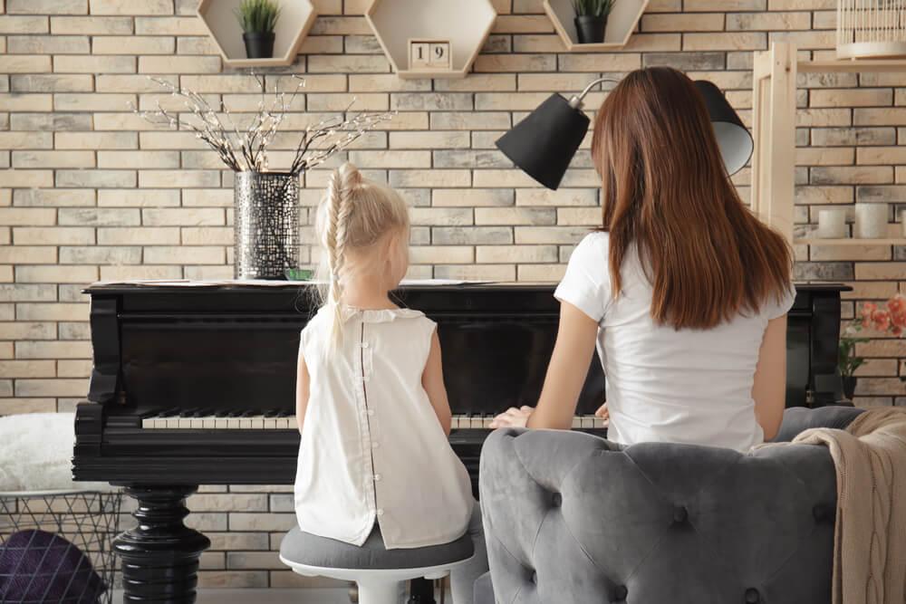 ¿Cómo mejorar la acústica de las habitaciones?