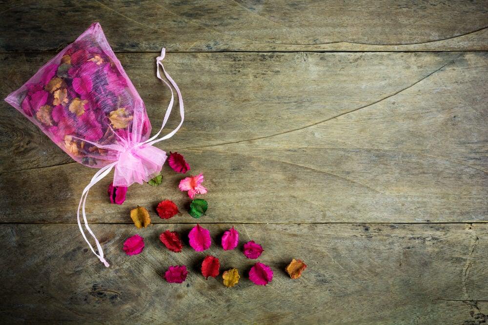 Cómo hacer popurrí floral de rosas