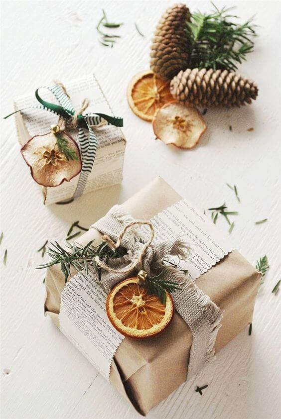 Frutas y verduras secas para envolver regalos