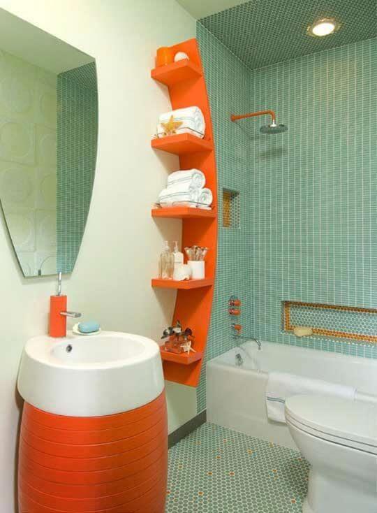 Baño moderno y llamativo
