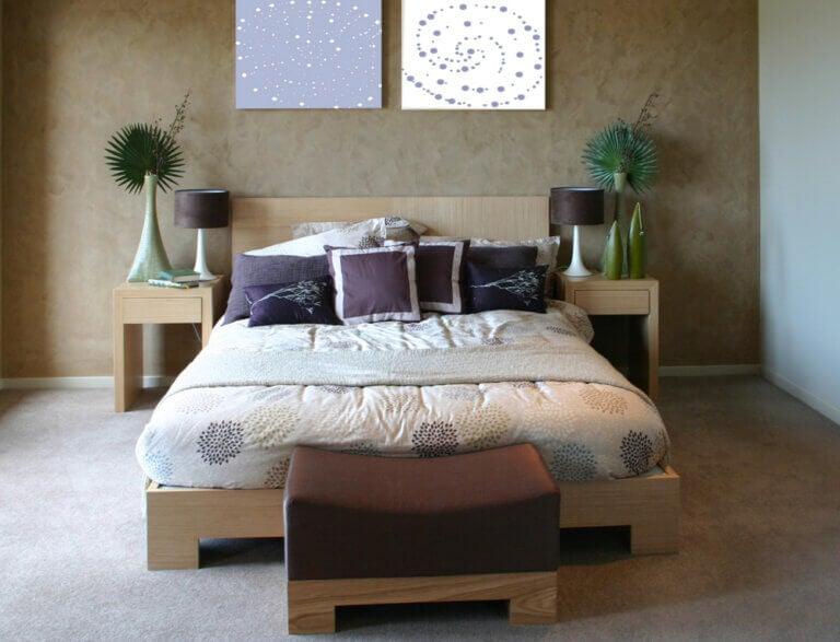Un dormitorio Feng Shui: lo que sí y lo que no debes tener