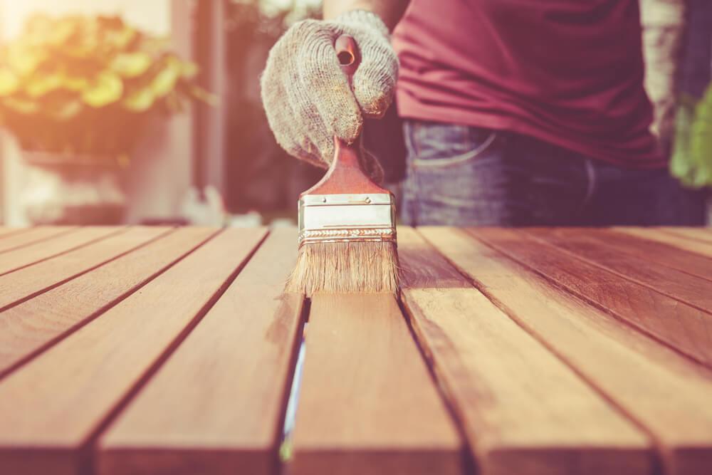 Pintar una mesa de madera