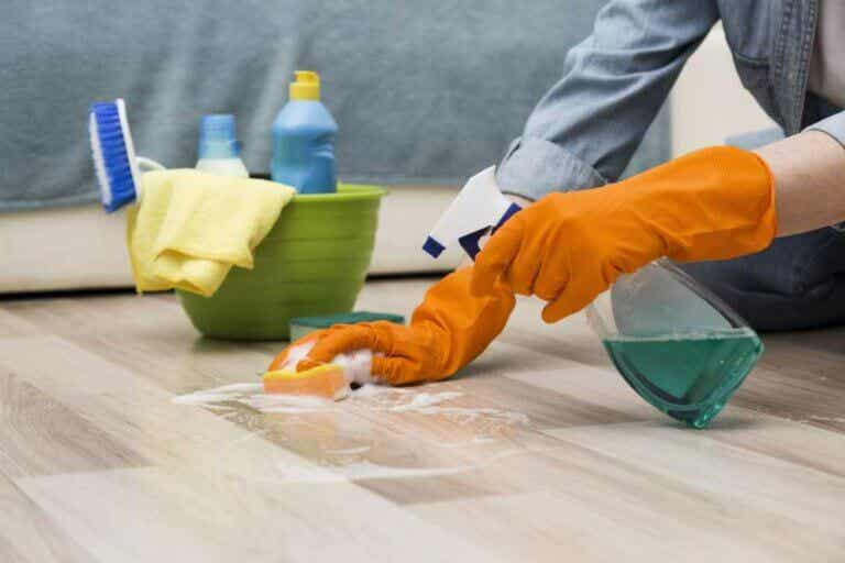 Desinfección de la decoración sin que sufran los materiales