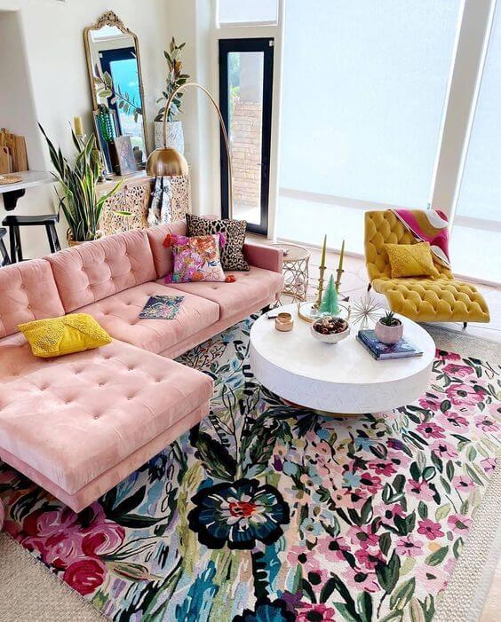 Decoración amarillo y rosa