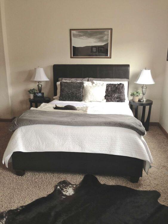 Dormitorio negro, beige, gris