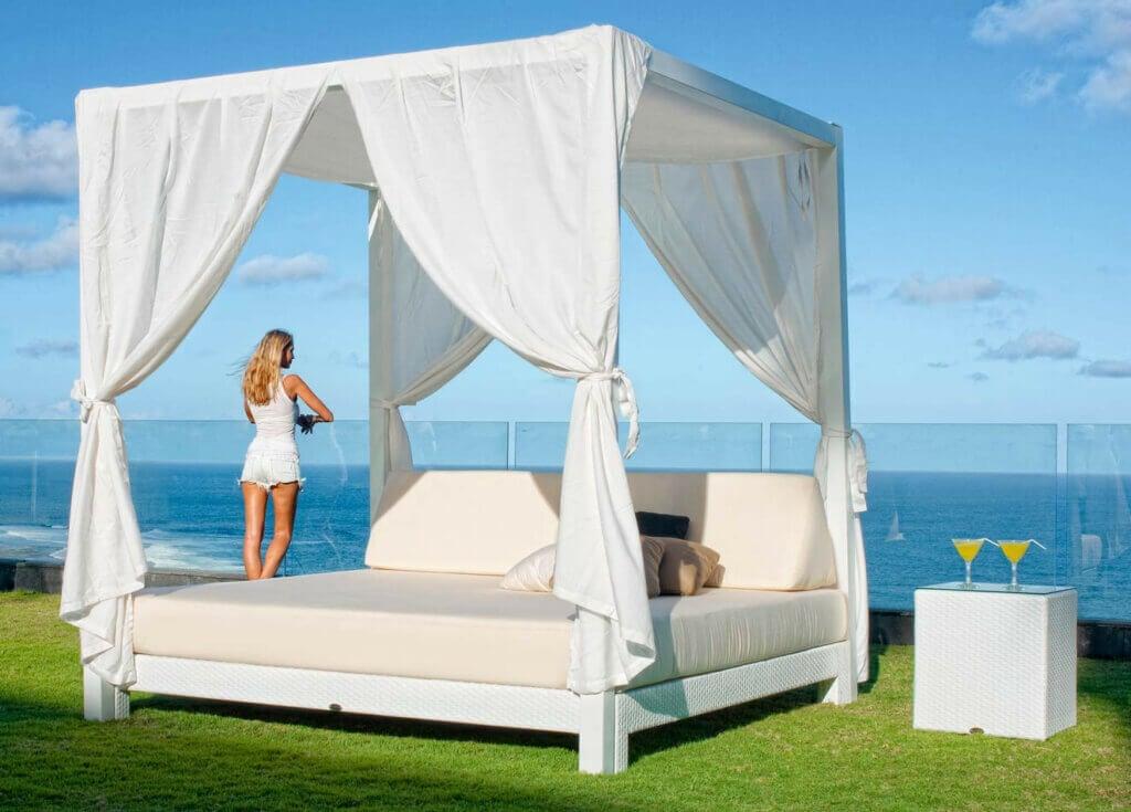 La cama balinesa, ideal para el jardín