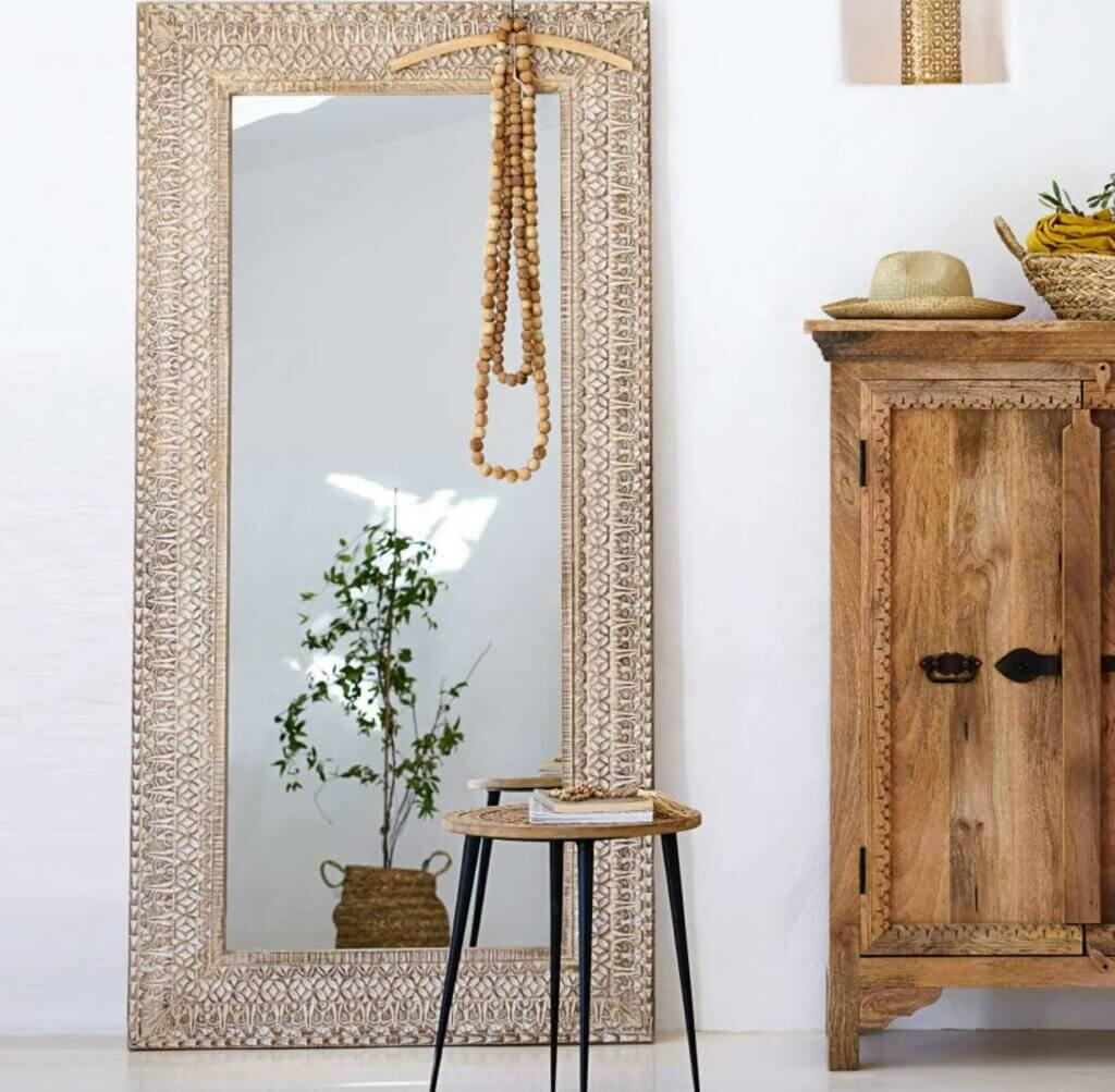 Espejos de pie: una tendencia que multiplica la belleza de tu hogar