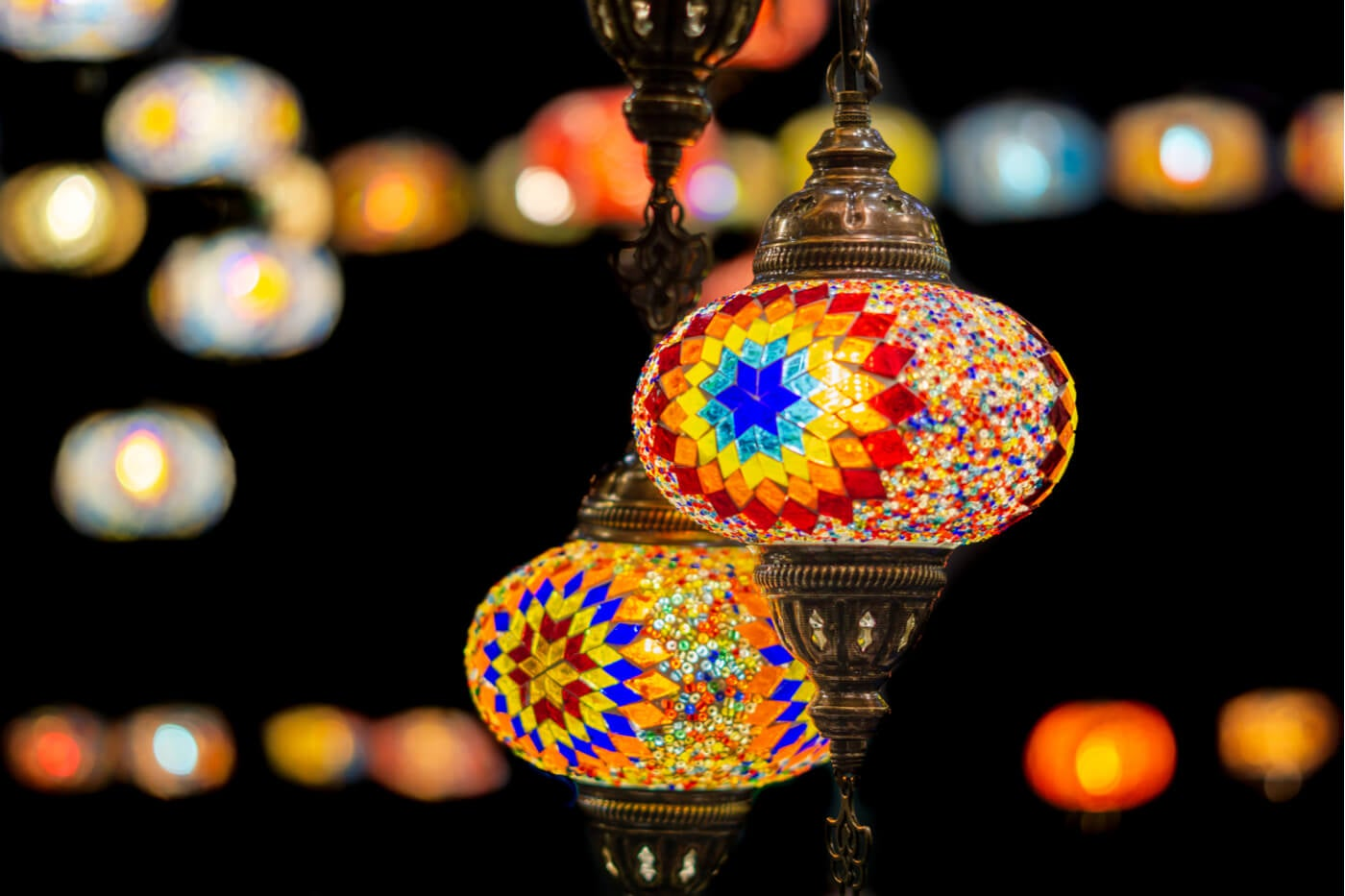 Lámparas colgantes de colores