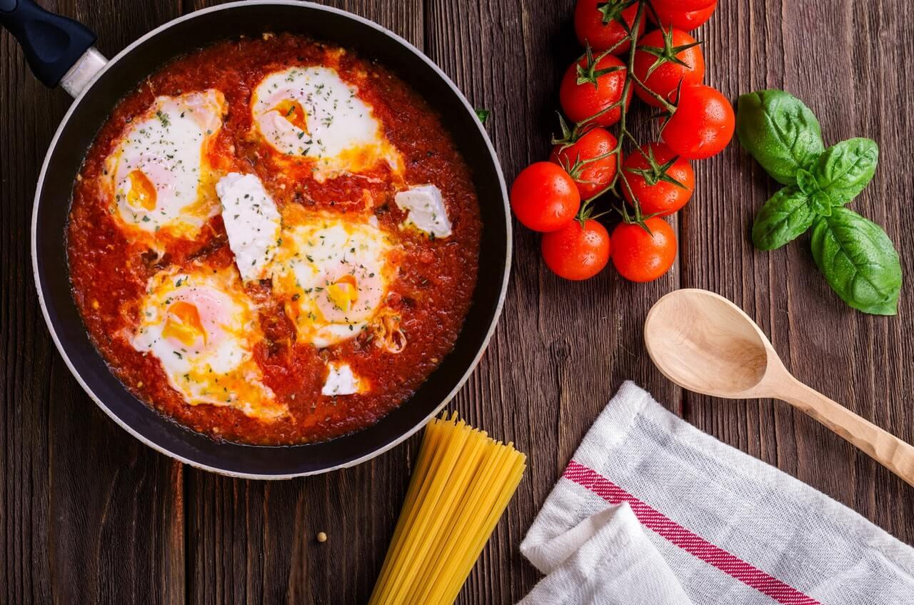 Tipos de sartenes inteligentes: alta tecnología en la cocina