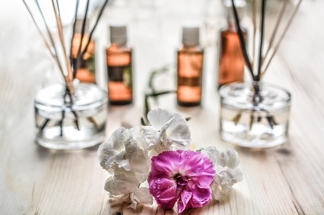 Conoce el encanto de los aceites esenciales y úsalos en tu hogar