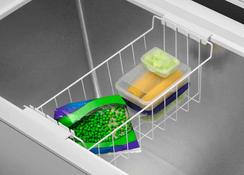 Interior del arcón congelador