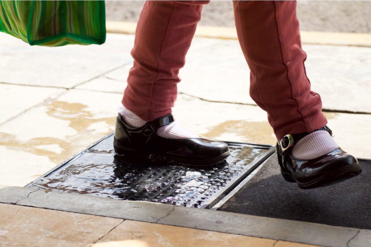 El felpudo desinfectante, una nueva tendencia