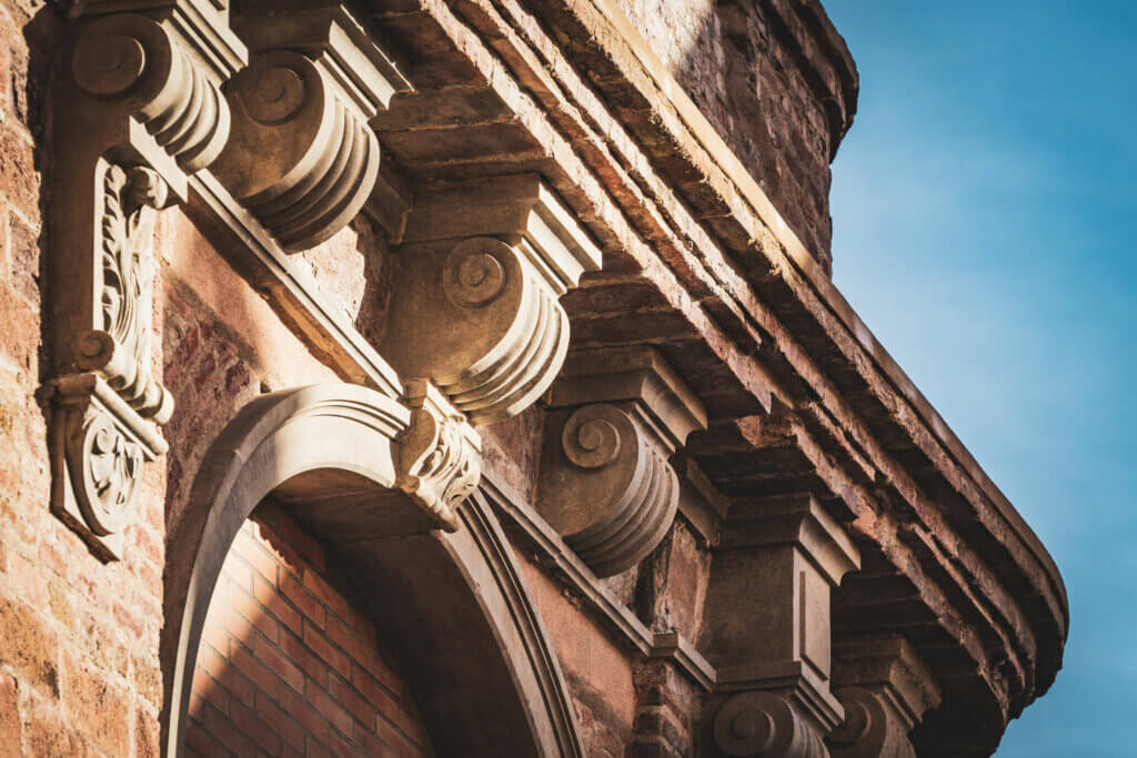 Los sistemas arquitrabados en la estructura del hogar