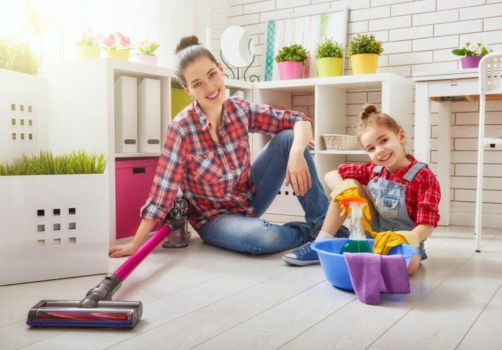 Consejos de limpieza para dejar la habitación de los niños impoluta