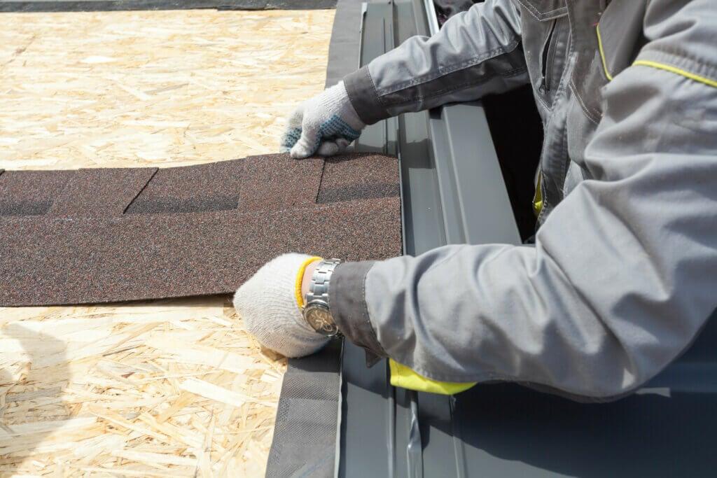 Los beneficios de utilizar tela asfáltica en los suelos