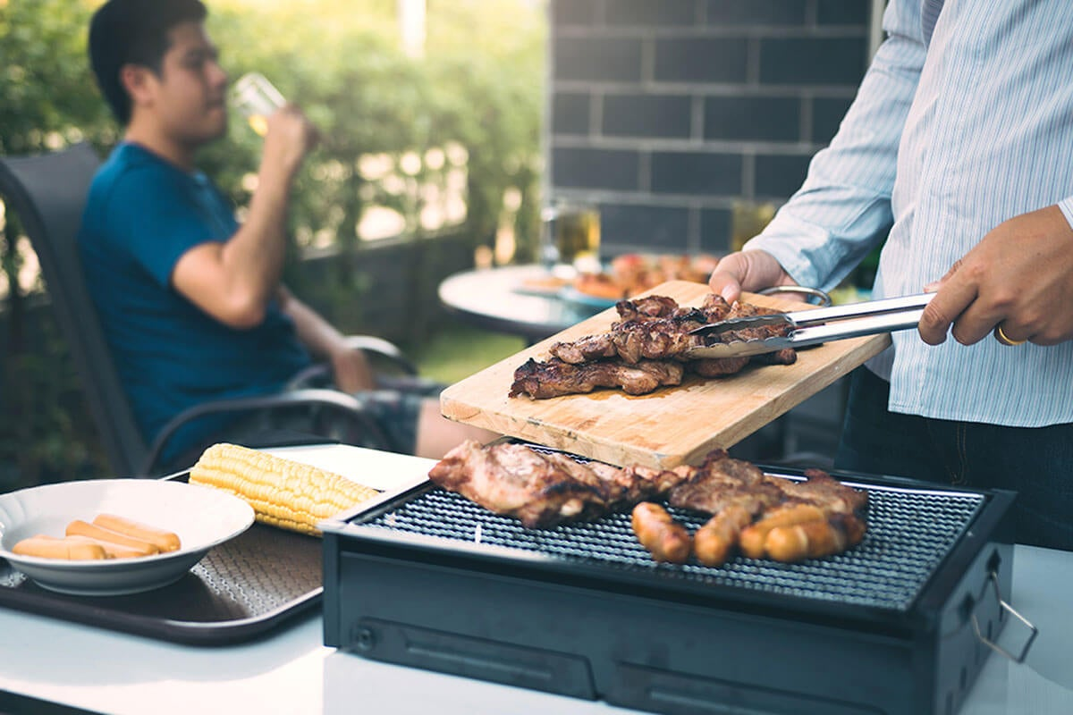 Given the limited space, you can choose a portable grill.