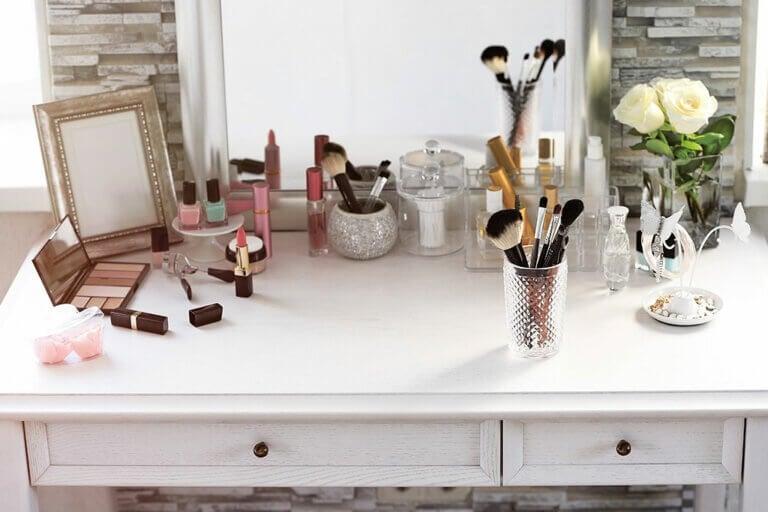 ¿Cómo organizar el maquillaje? 10 ideas