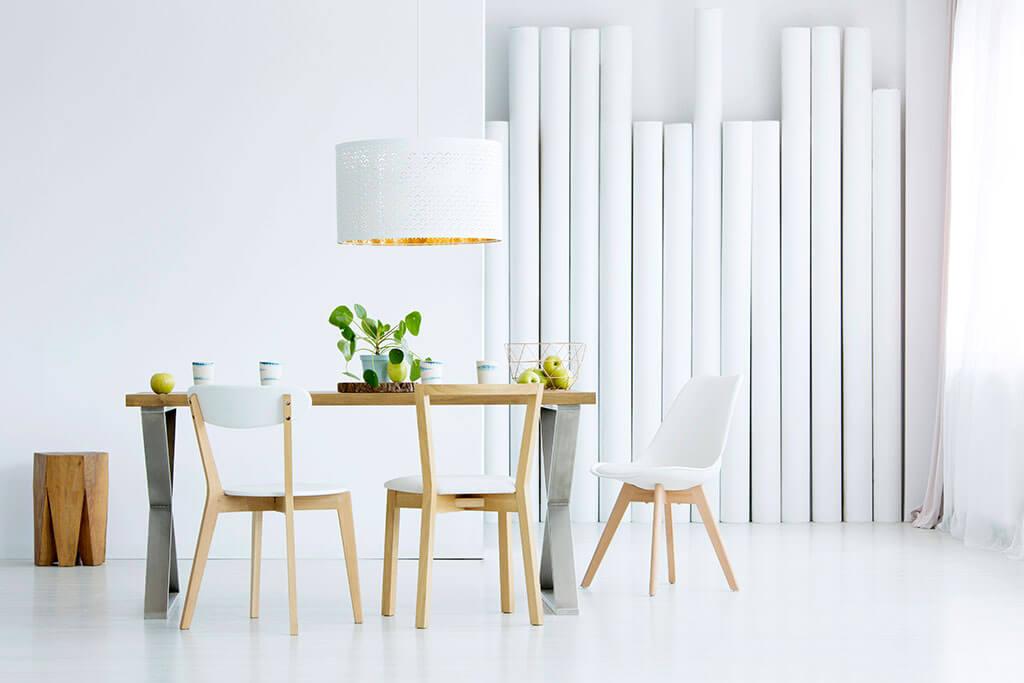 ¿Cómo decorar un comedor minimalista?